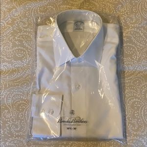 Brooks Brothers White Non-Iron Dress Shirt